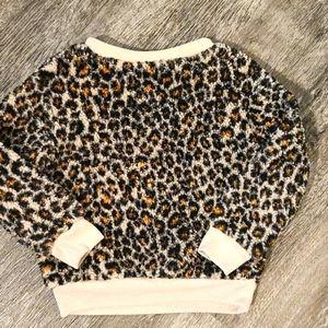 Art class girl fuzzy leopard pullover